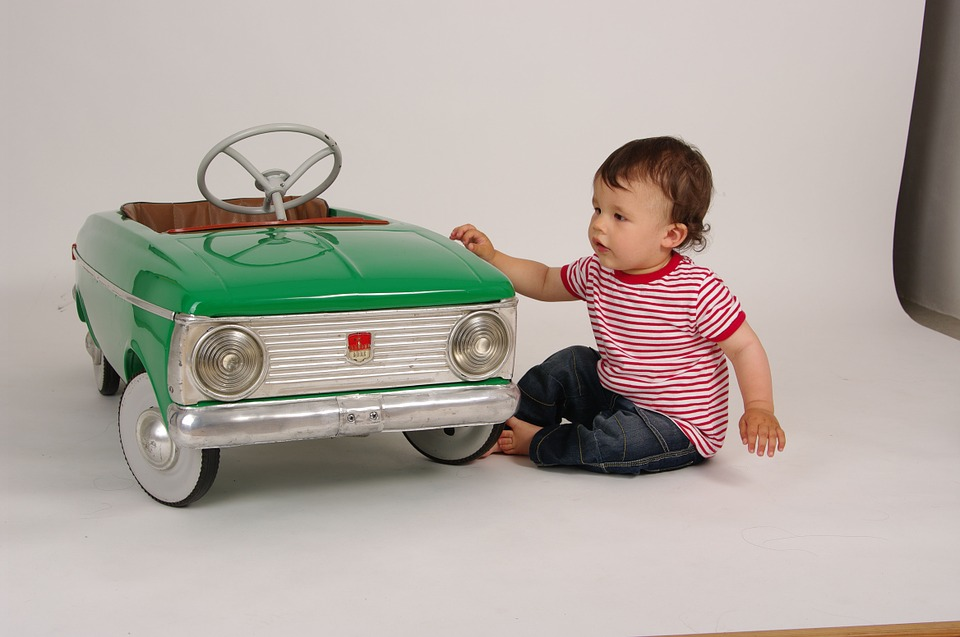 Toy Cars for Kids in this Christmas
