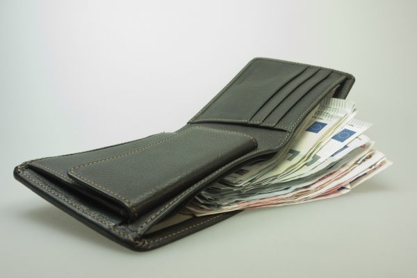 Luxurious wallets