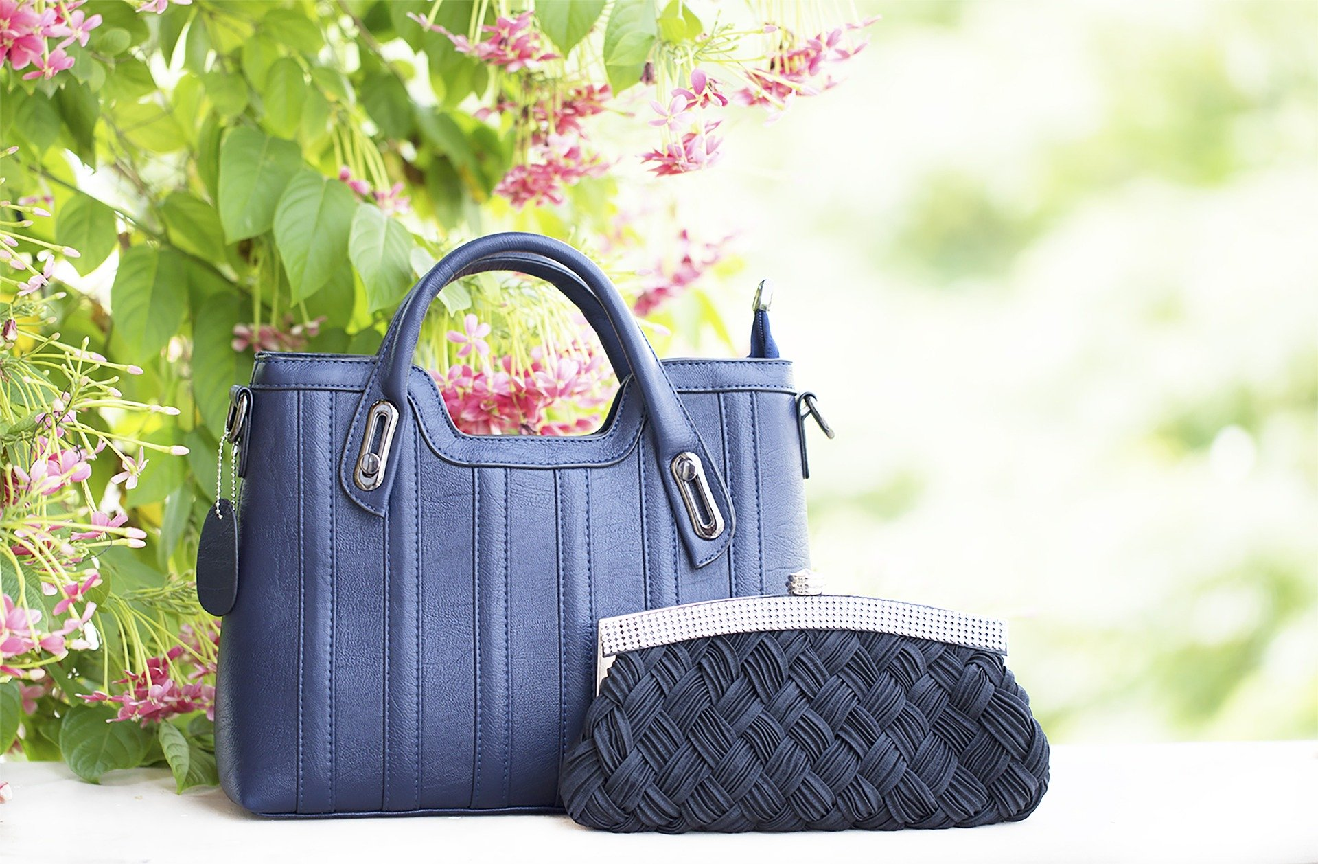 Best and cool leather purses for ladies