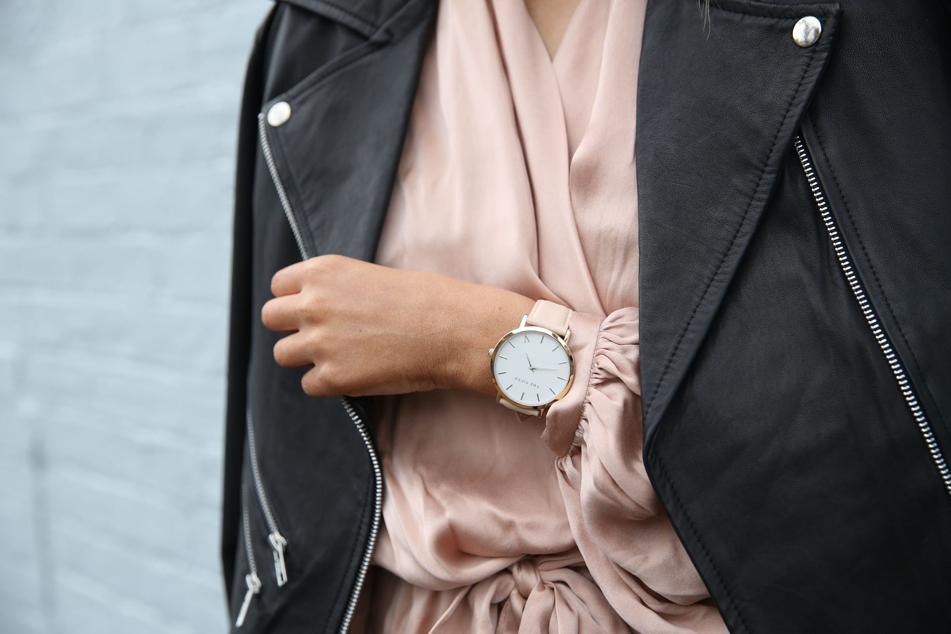 Latest fashionable women's watches